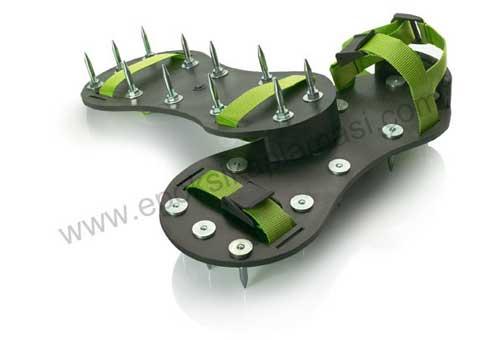 Çivili Ayakkabı